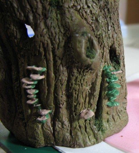 Mushrooms on bark paintign II