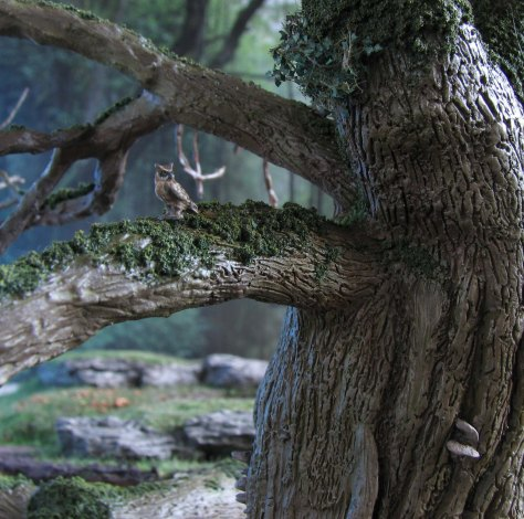 yew tree, 28mm, mushrooms, scenic base, forest, rat, owl, bird's nest, hollow trunk